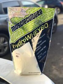 Muscle culture hydrowhey protein power. Many flavours