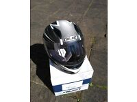 NEARLY NEW HJC LADIES / CHILDS MOTORCYCLE HELMET SIZE M, ABSOLUTE BARGAIN.