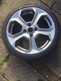Fiesta ST alloy wheel and tyre