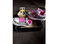Heelys shoes for girls size 13