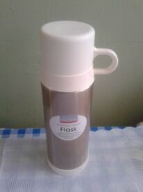 silver colour flask 0.5 litre