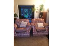 Sofa and two chairs suite