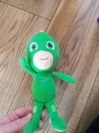 Paw patrol gekko soft toy