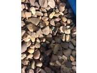 Pebble gravel, to cover approx 4m sq