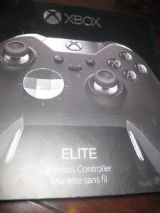 Microsoft - Xbox Elite Wireless Controller for Xbox One. Metal ThumSticks and D-Pad Remote Control. Like NEW.