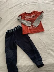 Bundle of clothes 3-4 years old, very good conditions