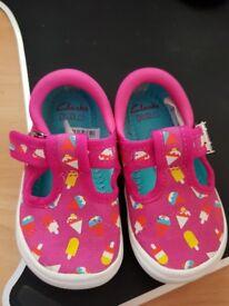 Clarks Doodles Children's Shoes Size 4F - New