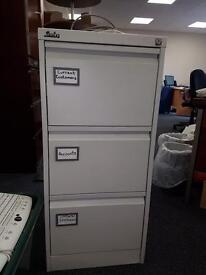 Silverline filing cupboard