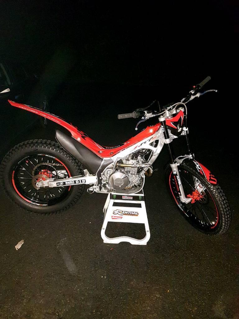 Montesa 260 4rt trials bike