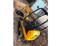 1.5T mini digger for hire