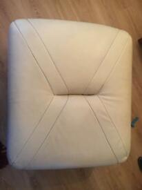 Leather large pouffe
