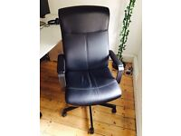 Black office chairs x6 - Swivel chair MILLBERGET Bomstad black