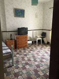 Single room, fully furnished