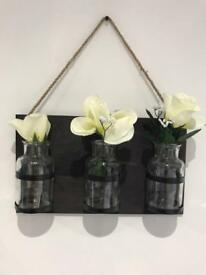 Black Hanging Vases