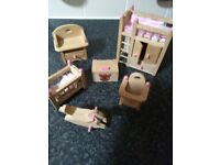 ** DOLL'S HOUSE FURNITURE **