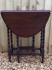Oak occasional Barley twist gate-leg table
