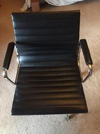 Vitra Charles Eames Chair