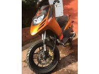 Aprillia sr motard 125cc