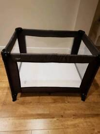 Mamas and Pappas travel bed/play pen