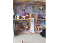 Barbie dolls house