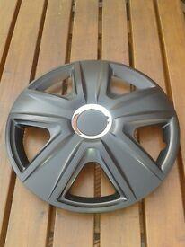 "16 "" black wheel trims (new)"