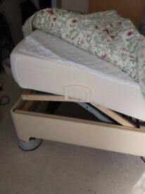Fully adjustable single electric bed