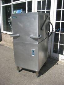 Winterhalter GS501 Pass through dishwasher Refurbished.