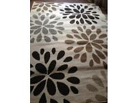 Large size rug 90 cm x 64 cm beige and brown print