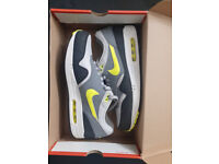 Nike Air Max 1 (grey/volt/black) UK size 11