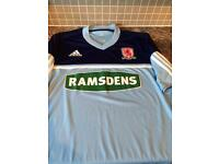 Middlesbrough football top