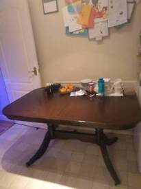 Table and chairs 6