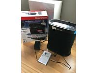 Honeywell Air Purifier with Allergen Remover