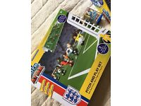 Match Attax football mini figures football team and football pitch set - like lego! New