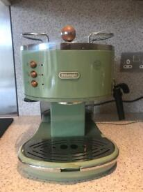 De'Longhi Icon Vintage Coffee Machine Green