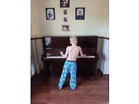 Piano (free to a good home)