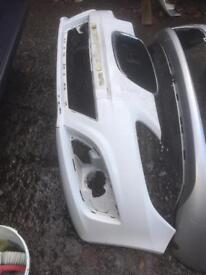 2012 seat Leon genuine front bumper can post