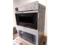 BOSCH White Built-In Double Oven (HBE 662 A) (Working. One door needs repaired. Parts/Spares)