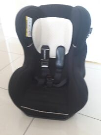 3 x carseats for sale - all 5 point safety and bought from mothercare fpr £130 each. Selling for £25