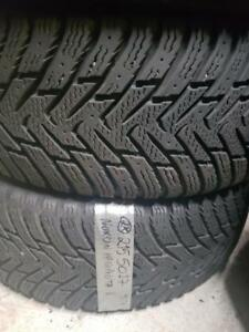 2 Nokian hakapellitta 215/50r17 winter tires