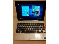 Toshiba Satellite Tablet - Laptop Click Mini L9W-B-102. Laptop and Tablet