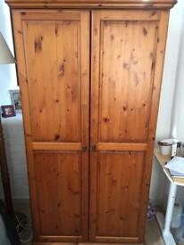 Large 2nd hand wardrobe