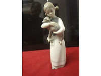 Lladro girl with lamb figurine size 22cm high