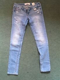 Hollister distressed jeans - W26 L31