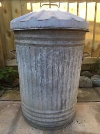 Vintage Galvanised metal bin / dustbin/ trash can
