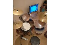 Mapex Pro M drumkit with Paiste 101 cymbals