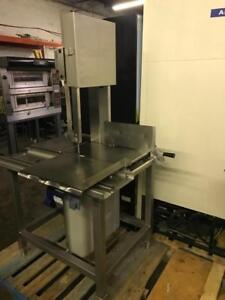 Stainless Hobart 6614 meat saw ( like new ) only $4500 ! Only 1 avaiable ( shipping with in Canada /USA ) $250