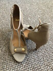 New Clarks suede high heel sandals, size 7, soft cushion