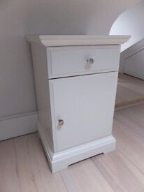 White IKEA Bedside table - Great Condition