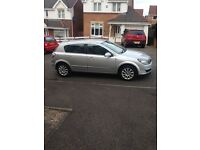 AUTOMATIC. Vauxhall Astra design. 2006. Mot 1 year. Vgc. £1395