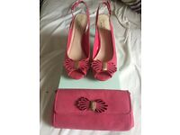 Menbur Pacomena Pink with matching shoes